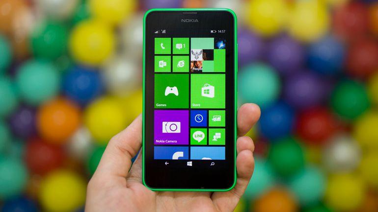 Merita sa imi cumpar Nokia Lumia 635?