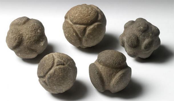 Misterioasele sfere de piatra, vechi de 5000 de ani