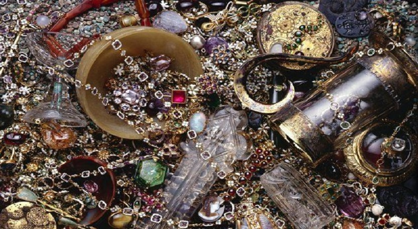 Scurt istoric al bijuteriilor