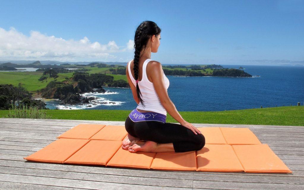De ce practicam yoga?