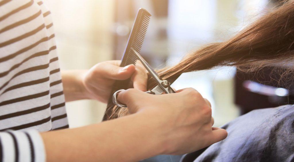 Beneficiile utilizarii unei aplicatii de gestiune pentru salonul tau de infrumusetare