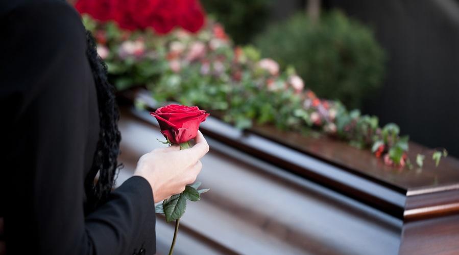 Pierderea unei persoane apropiate nu este un moment usor