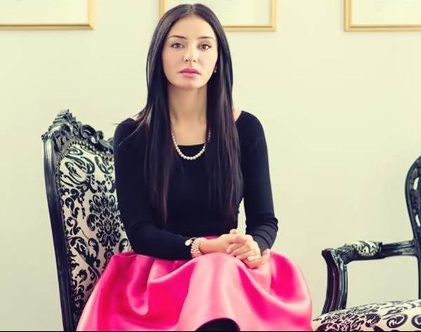 Cine a ajutat-o pe Vanessa Youness Amal invinga SM?